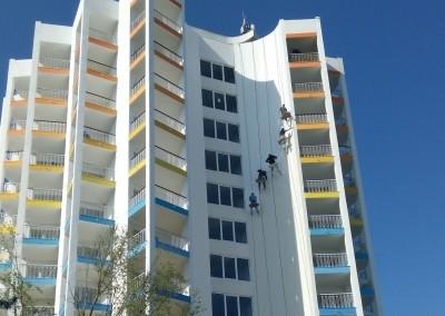 vopsitorii exterioare hoteluri - alpinisti utilitari in Constanta - Hotel Mera Sky Venus - x0001