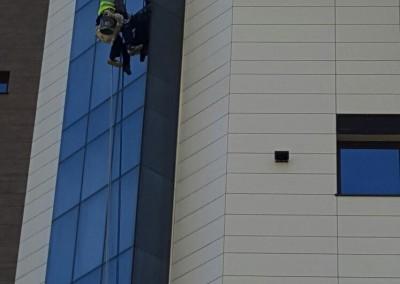 Hotel Scapino - degresat curatat spalat geamuri - alpinisti utilitari in Constanta 001